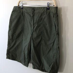 Old navy green flat front shorts